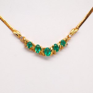 14k Yellow Gold Oval Green Emerald Gemstone And Round Diamond Necklace-0