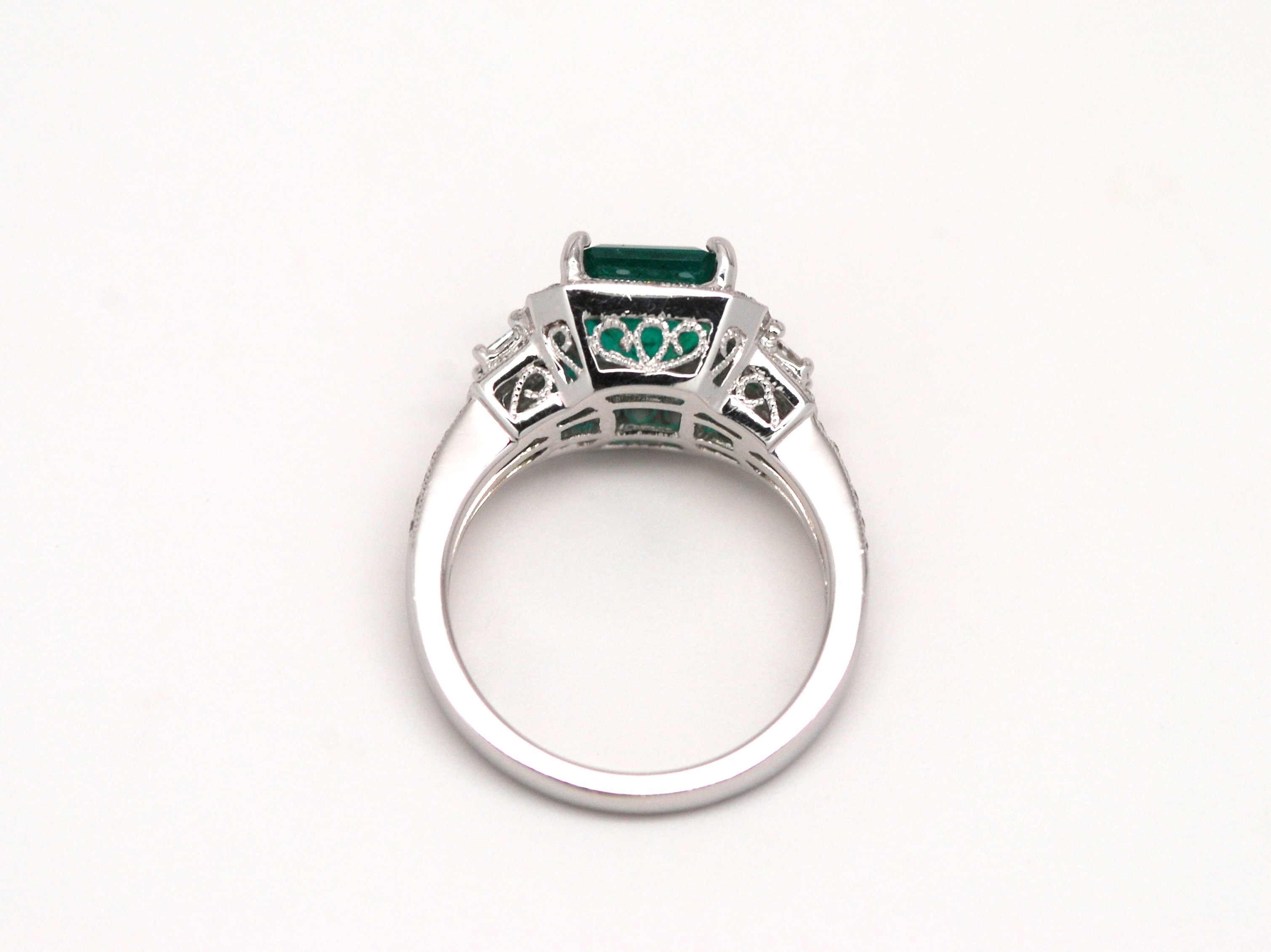 diamond gold white emerald halo ring and in image emeral oval rings