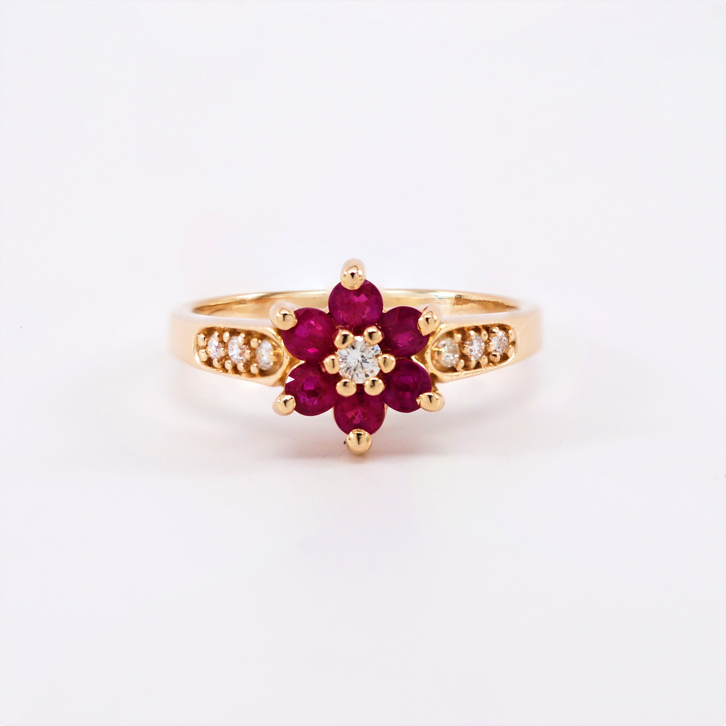 si ruby gold h i in and janelle diamond rings white stone bezel three natural set engagement ring